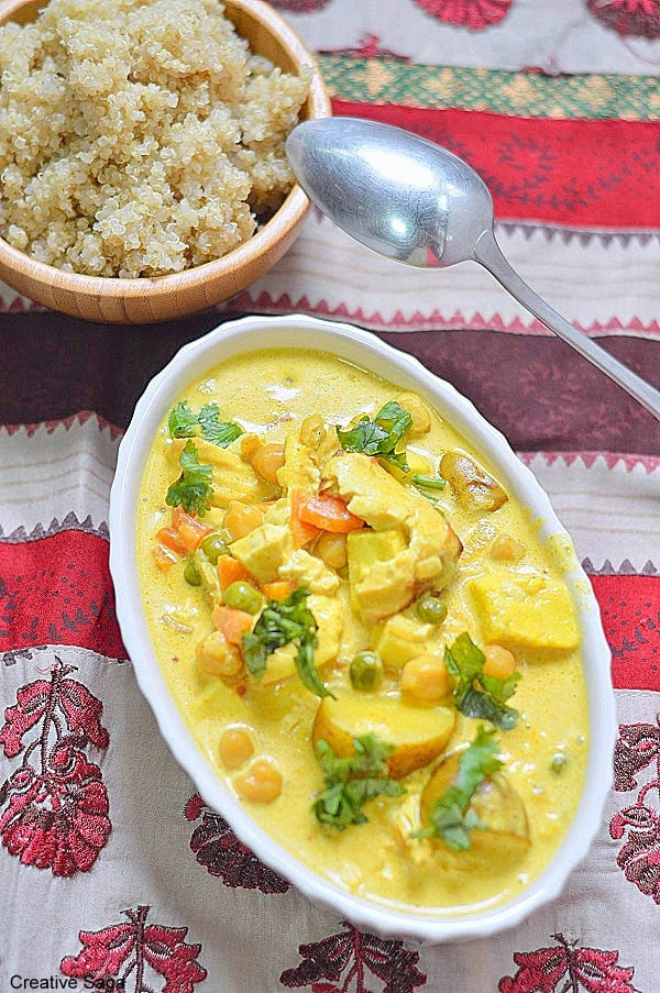 Tofu and mixed vegetable curry with chickpeas – Side dish for rice or quinoa