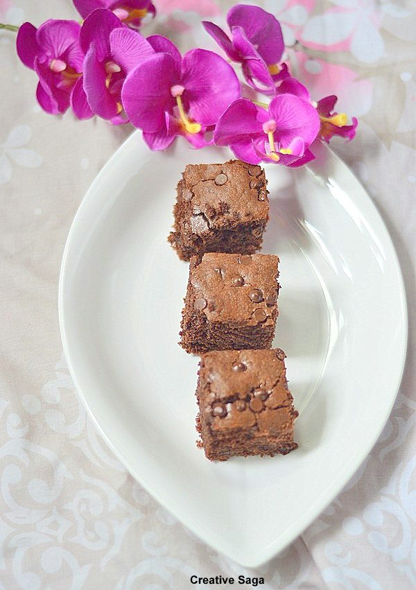 hot chocolate drink mix brownies